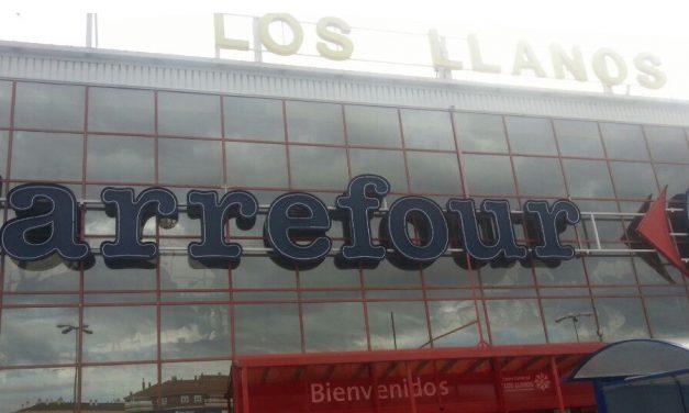 UGT denuncia la pasividad de Carrefour en CLM para implementar medidas de seguridad frene al COVID-19